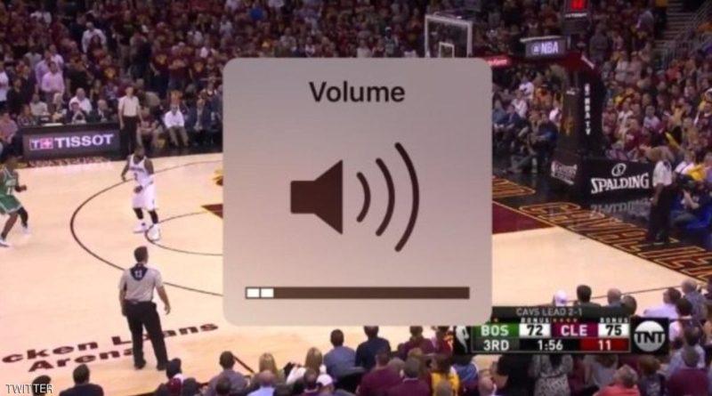 أخيرا آيفون يحل مشكلة درجة الصوت السخيفة