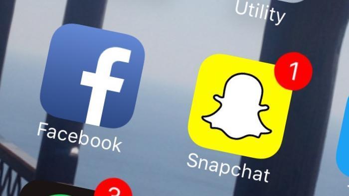 فيسبوك يسرق أهم خاصية في سناب شات